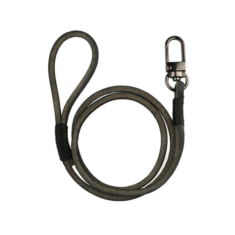 Wallet Chain in Black