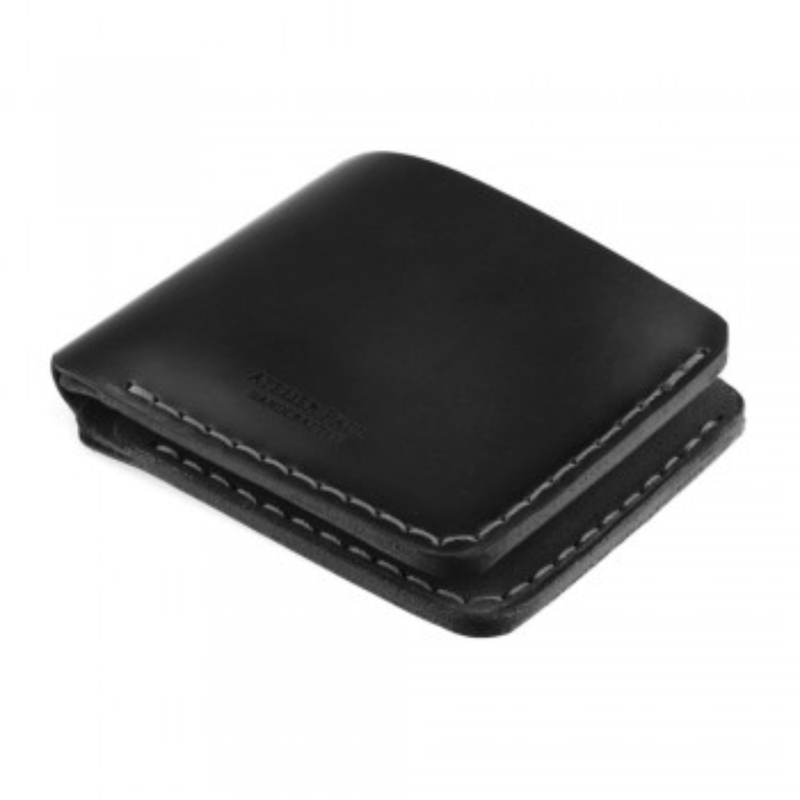Handstitched minimal wallet in black